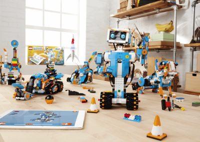 LEGO_BOOST_robots-1