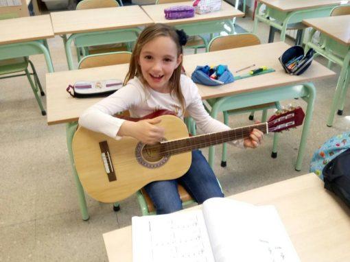 Música – Guitarra Clásica y Eléctrica